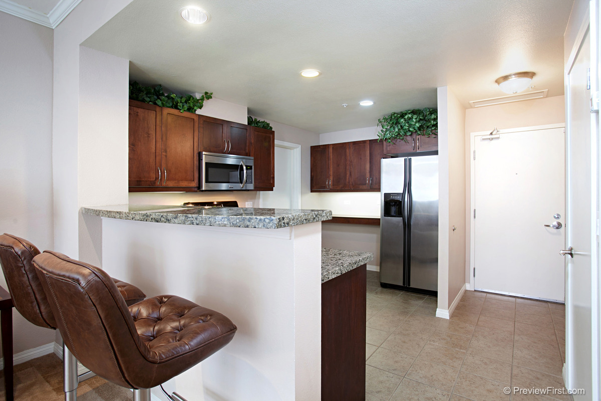 Spacious 1 bedroom condo in gaslamp stay san diego - One bedroom condos for sale in san diego ...